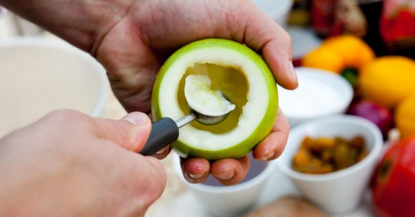 Диетические яблоки с творогом - полезные и низкокалорийные
