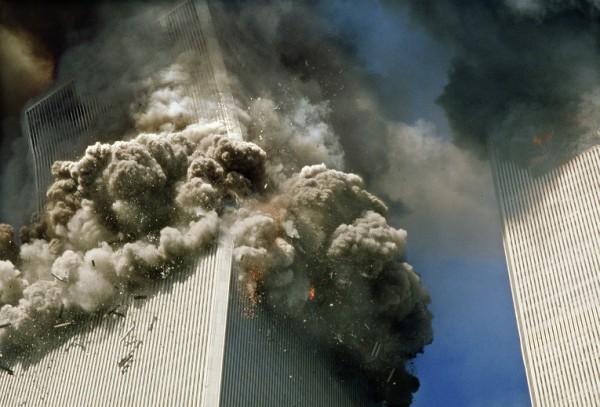 Картинки по запросу 11 сентября 2001 башни близнецы