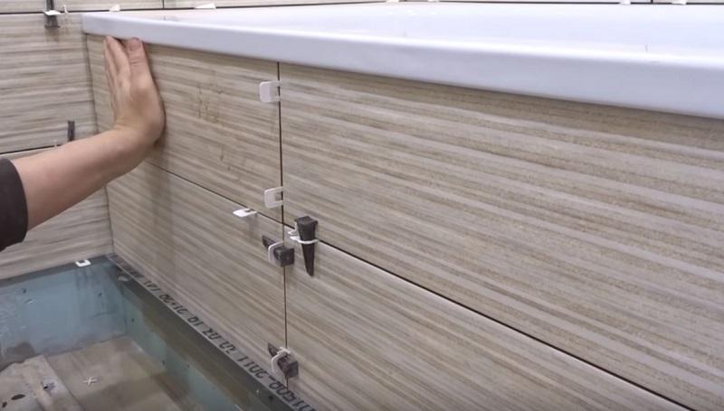 как сделать экран под ванну