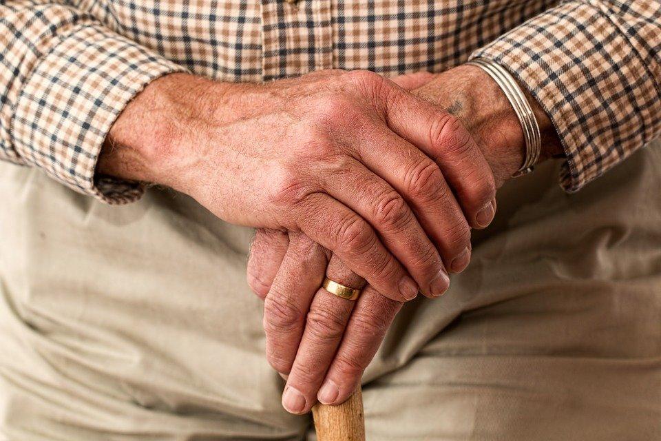 Совфед продлил закон о заморозке накопительной части пенсии