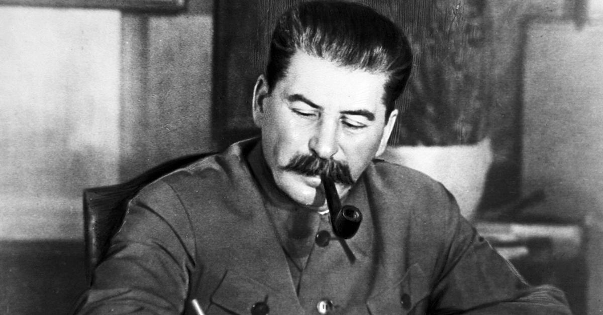 Почему Сталин сказал: «У вас, военных, все не как у людей»?