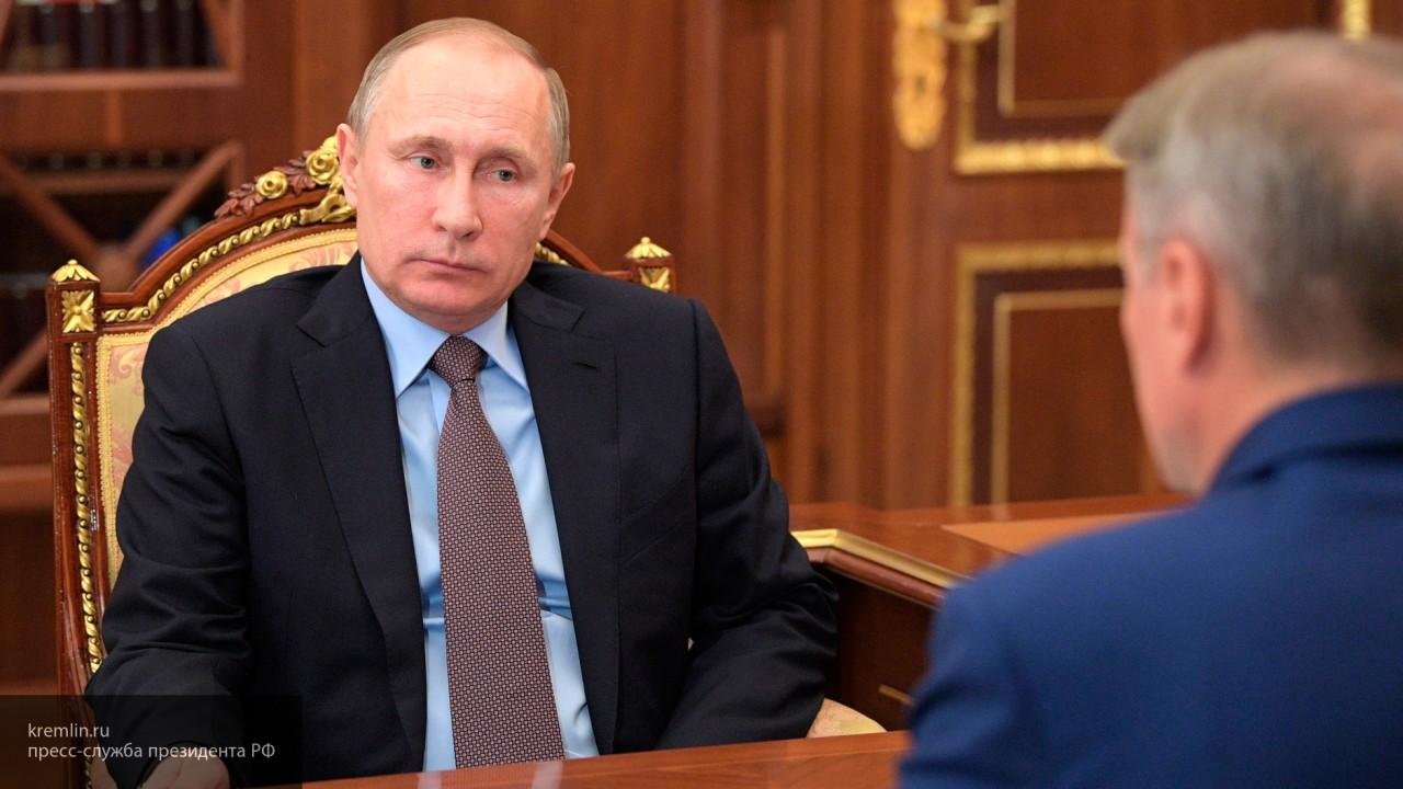 Путин провел оперативное совещание с членами Совбеза