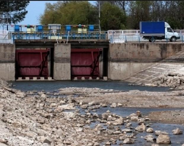Медведчук: Киев «захлебнулся» водной блокадой Крыма