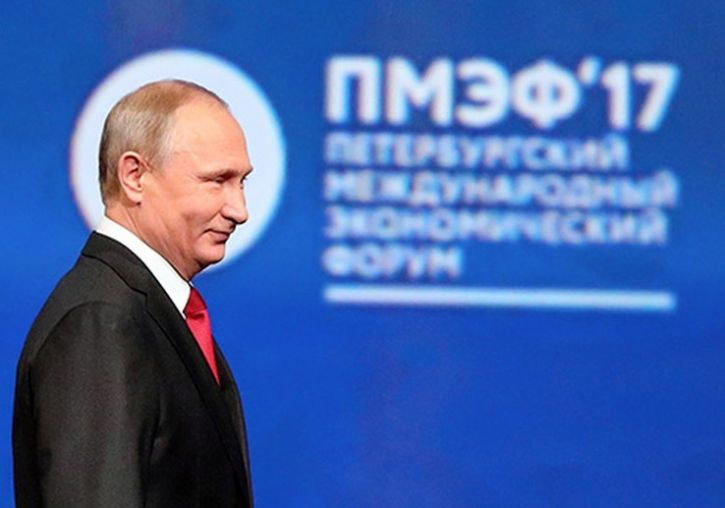 Путину дорого обойдётся «грубый стиль» на экономическом форуме, считает американский журналист