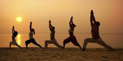 12 законов йоги, которые не позволят людям управлять вами: