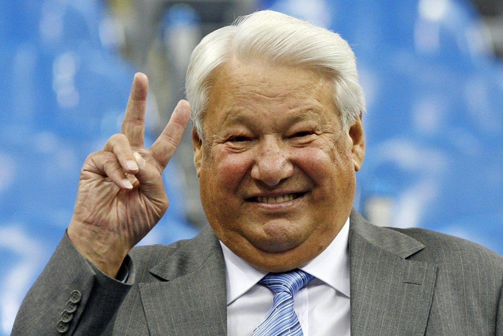 В 96-м победил Зюганов, Ельцина привели Штаты и Клинтон