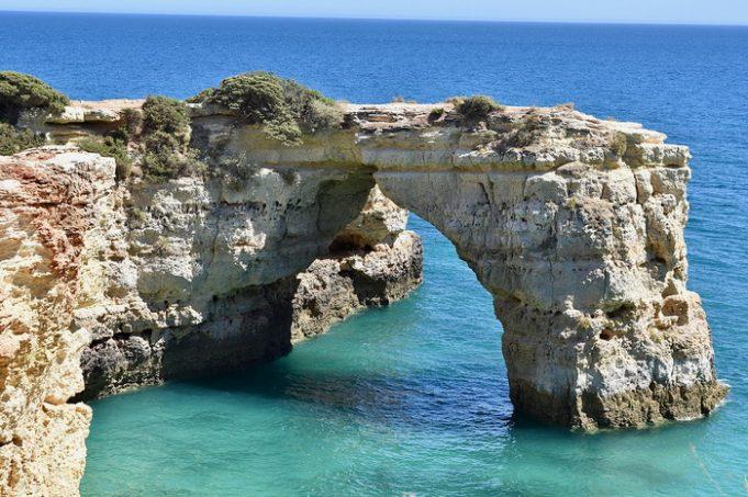 10 самых удивительных мест для летнего отдыха в Европе