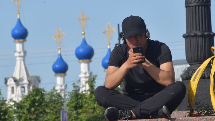 """""""Это будет дешевле и быстрее"""": Делягин рассказал, кто занимается """"истреблением коренного населения России"""""""