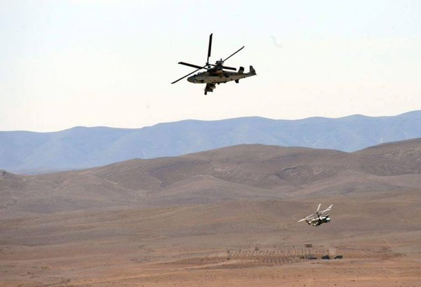 Ка-52 «Аллигатор» ВКС РФ «размолотил» технику и укрепления боевиков в Сирии