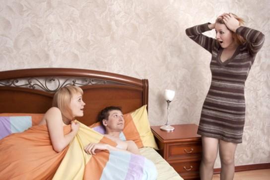Как изменить и не попасться? Мужчины дают советы мужчинам.