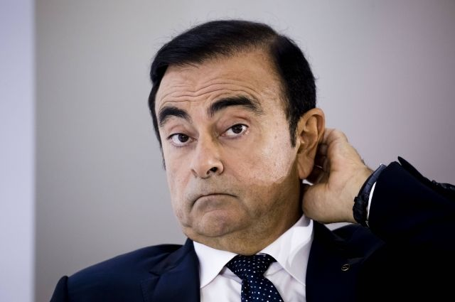 Экс-главе Nissan Карлосу Гону предъявили обвинения