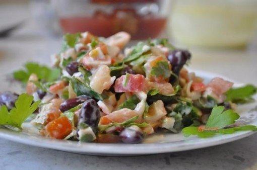 Простой и сытный салат