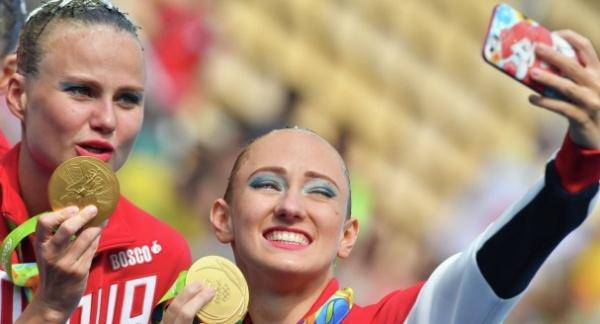 Российская сборная пополняет «золотую» копилку наводномЧМ вБудапеште
