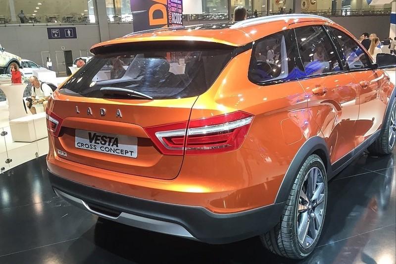 Глава АвтоВАЗа назвал стоимость внедорожной версии универсала Lada Vesta