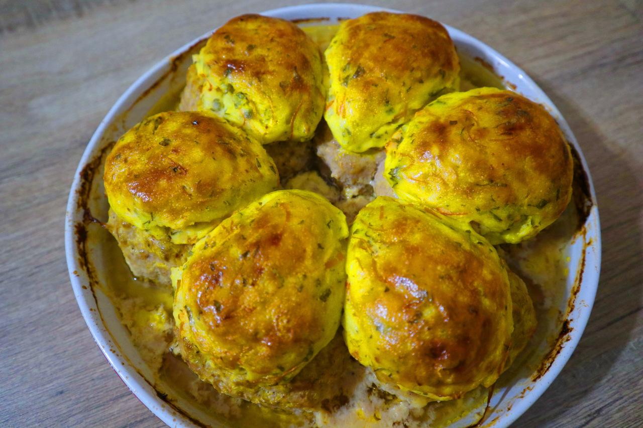 Горячее блюдо на Новый год. Картофель с сыром и мясом