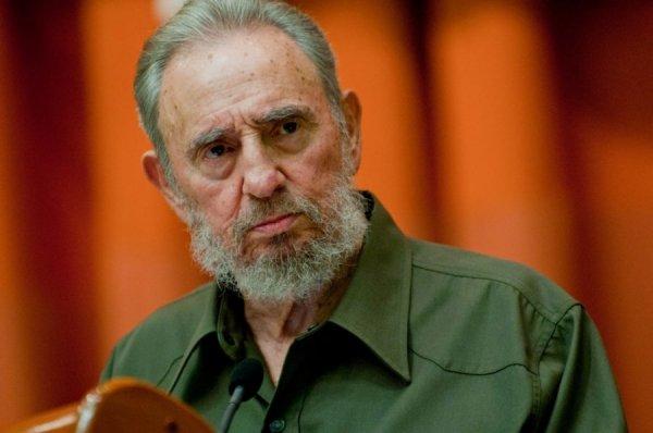 Пляски на костях: российская оппозиция о гибели Фиделя Кастро