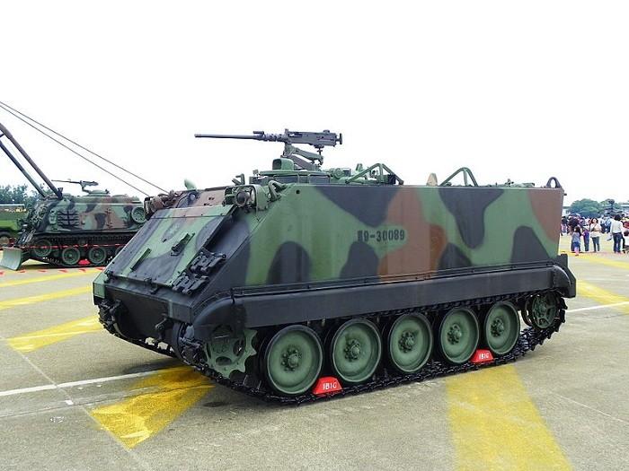 Литва знает, где купить военную технику по цене легковушки