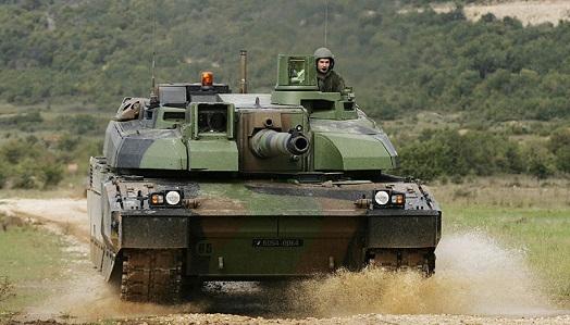 ВЭстонию прибыл эшелон сбоевой техникой для батальона НАТО
