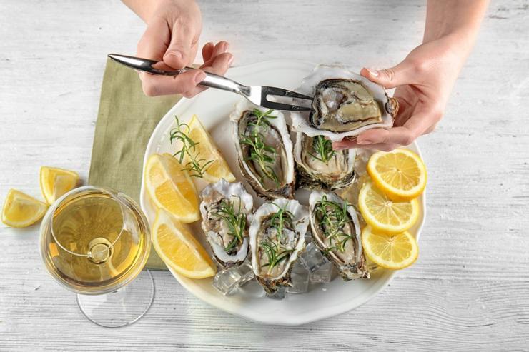 Афродизиаки-помощники: как влиять на романтику с помощью еды