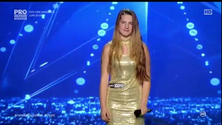 Юная певица из Молдовы сразила наповал жюри румынского телешоу .