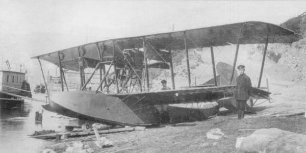 Как русский аэроплан взял на абордаж вражеское судно в 1917 году