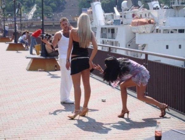 Фотографии девушек, которые не должны были попасть в сеть