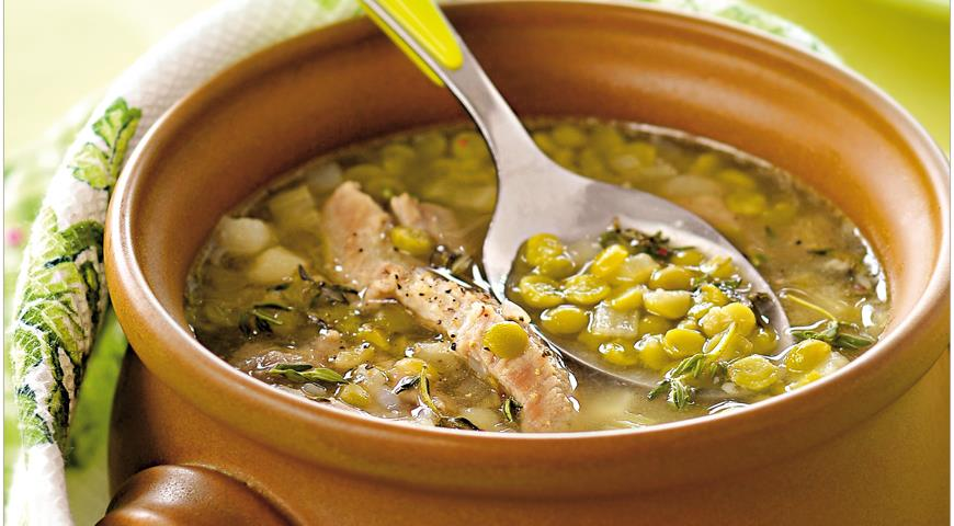 Как приготовить гороховый суп – несколько вариаций привычного блюда