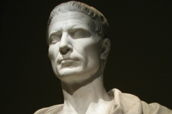 10 афоризмов Гая Юлия Цезаря