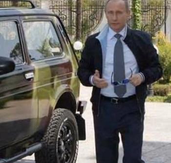 """Названа дата продаж президентских лимузинов """"Кортеж"""""""
