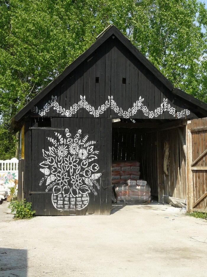 Фото как украсить сарай на даче своими руками