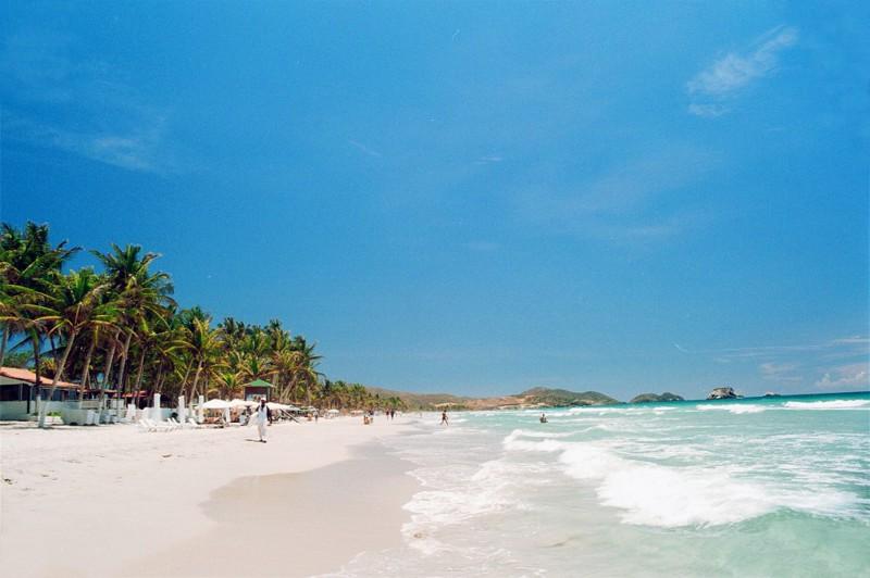 4. Playa El Agua – остров Маргарита, Венесуэла вокруг света, нудисты, пляж