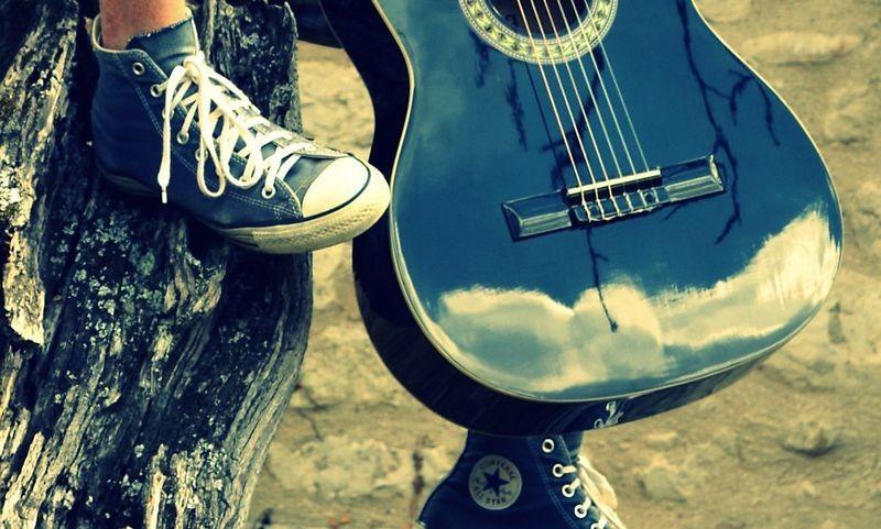 Лучшие песни про ботинки, кеды и босоножки.......