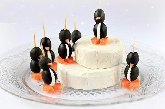 Пингвинчики из маслин и сыра
