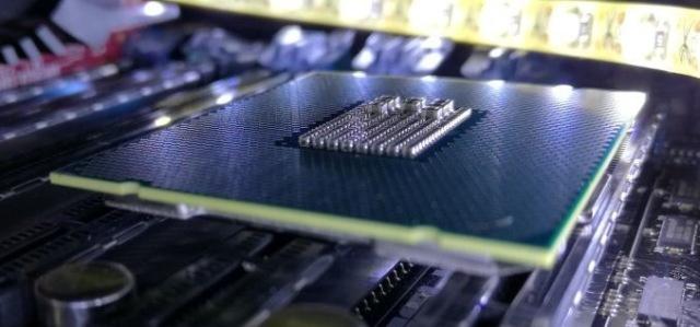 Intel призвала не устанавливать последние апдейты для процессоров из-за проблемы перезагрузок