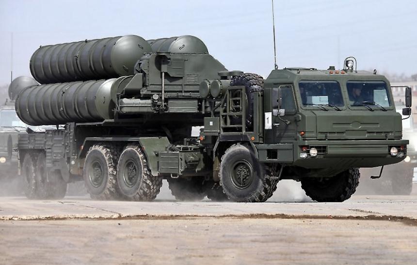 Муха не пролетит: Россия создала в Сирии общую систему ПВО из С-300 и С-400