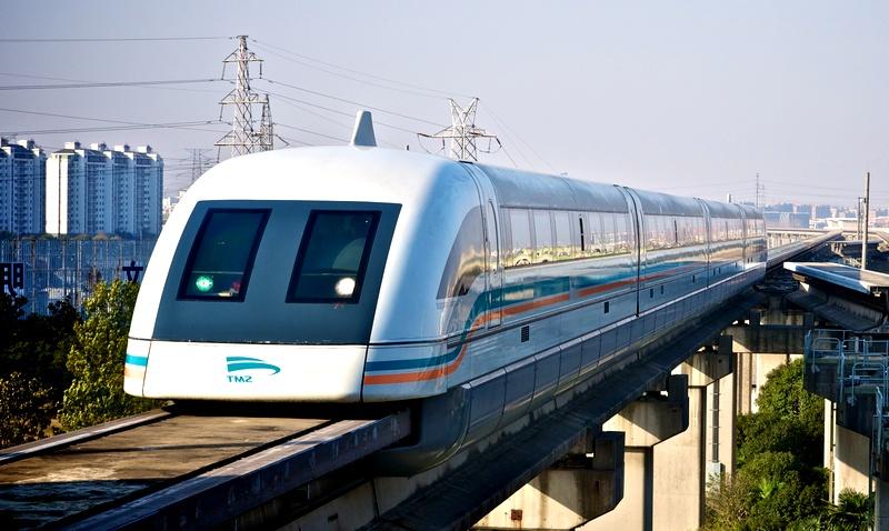 Китайские поезда стали быстрее самолетов