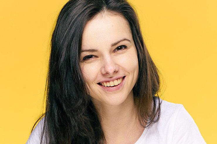 6 причин пожелтения зубов