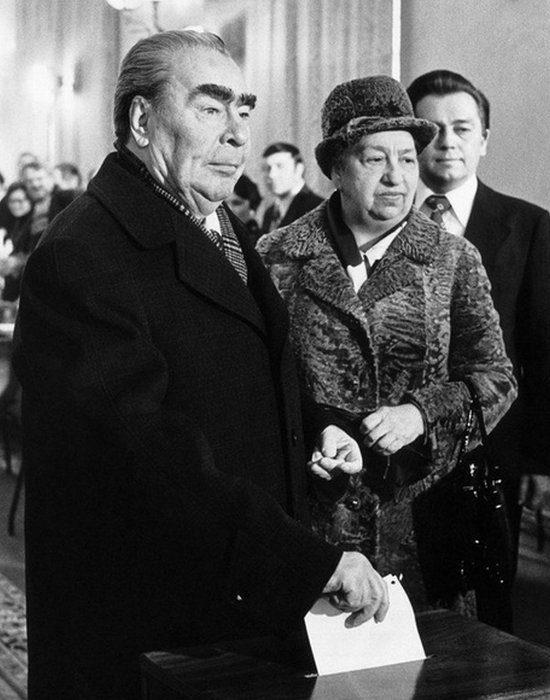 Фото Брежнева с женой