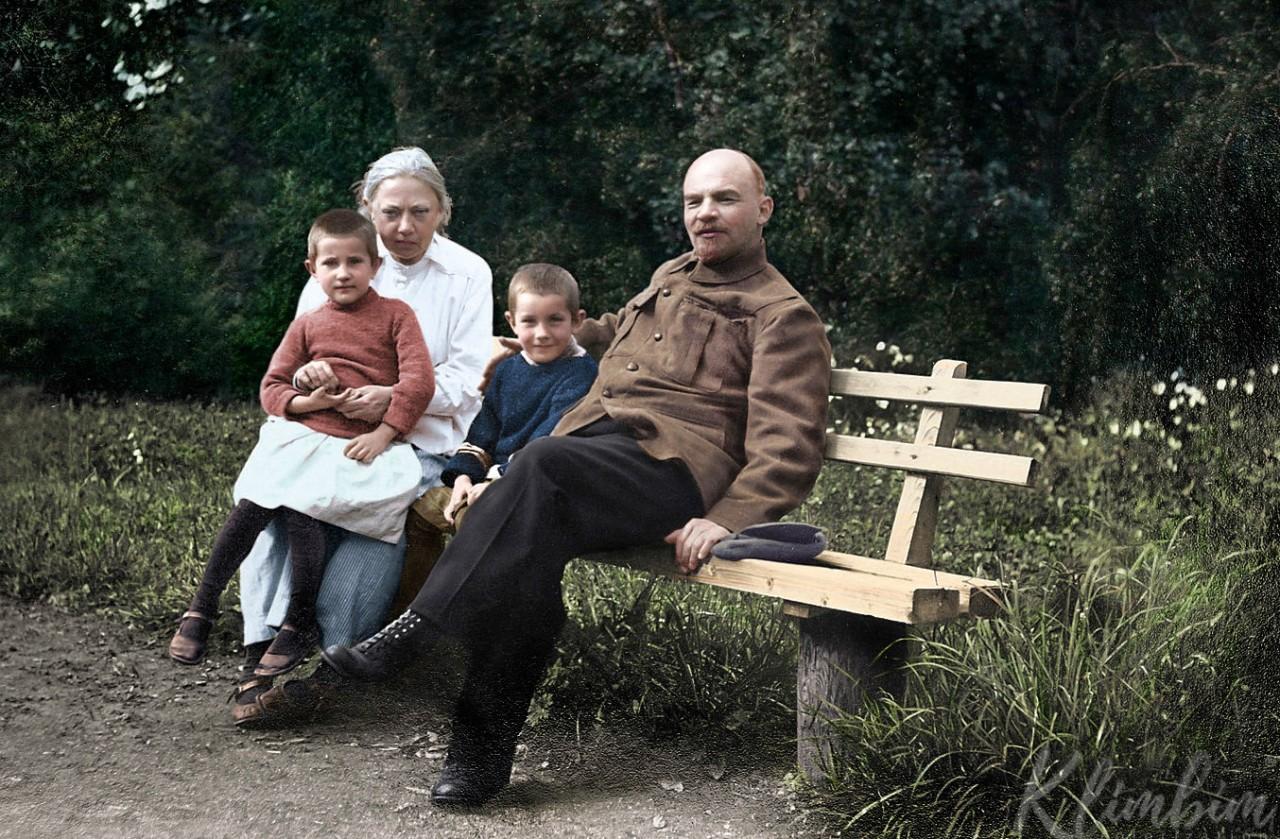 До и после колоризации: ожившие лица российской истории