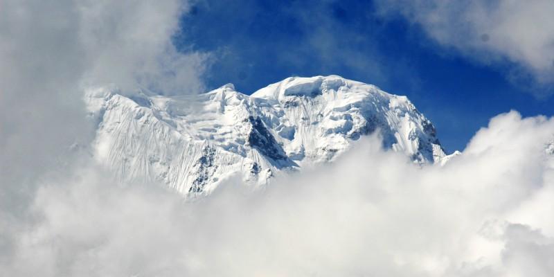 В прятки с Гималаями.