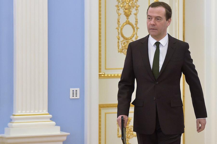 Медведев принял вызов! Отчитался о коррупции