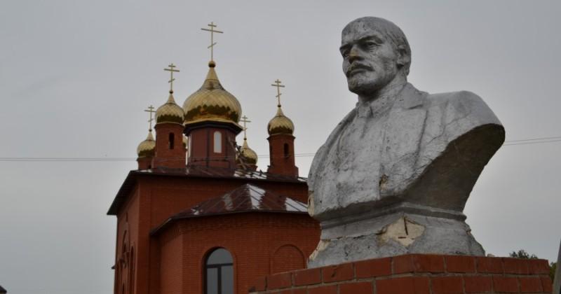 Уничтожитель церкви или потенциальный святой? Почему в России хотят канонизировать Ленина