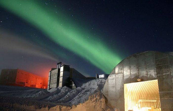 Южный полюс: жизнь в ловушке.