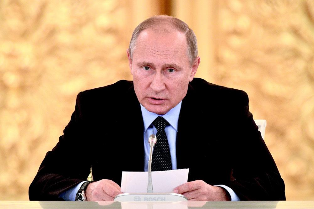 Путин заявил о сокращении числа иностранных агентов среди НКО