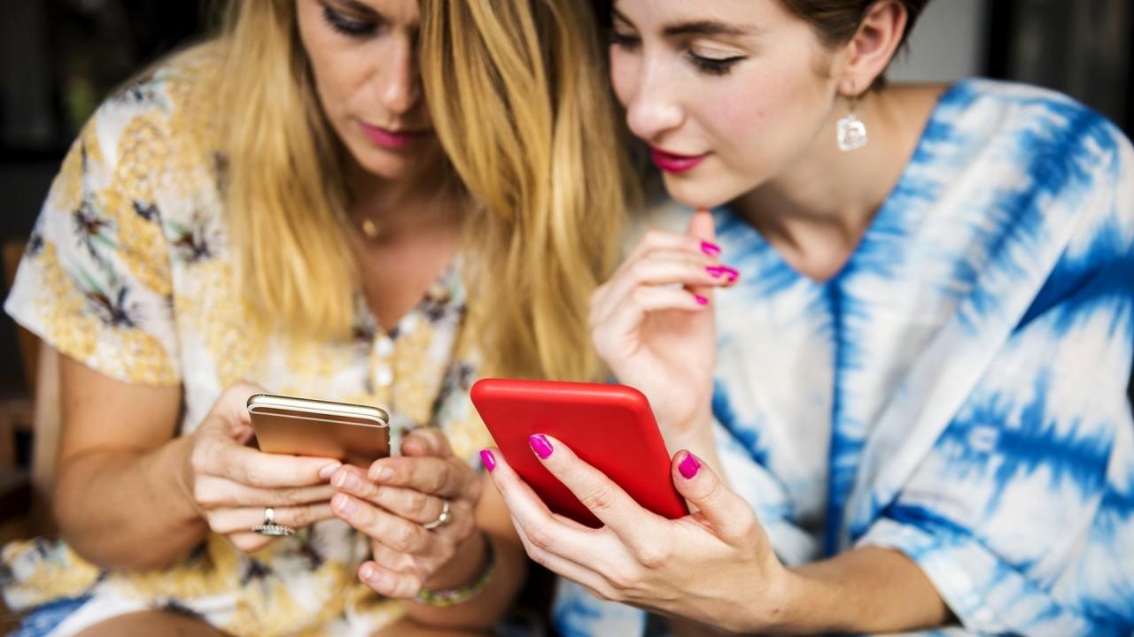 Эксперты назвали самые вредные для здоровья смартфоны