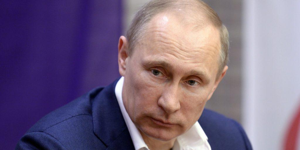 """Украинский политолог назвал дату признания Россией независимости """"ЛДНР"""""""