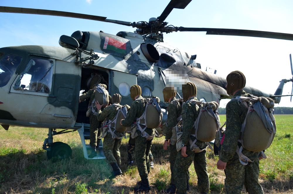 В России ведутся конструкторские работы по созданию нового вертолета для ВДВ