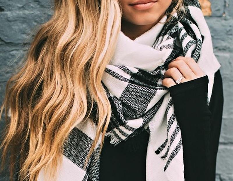 Тренд сезона: шарфы