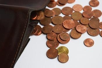 Задолженность по зарплате в сентябре в России выросла