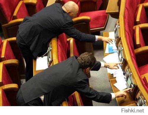 Марионеточная Госдума. Как в РФ принимают законы - ВИДЕО